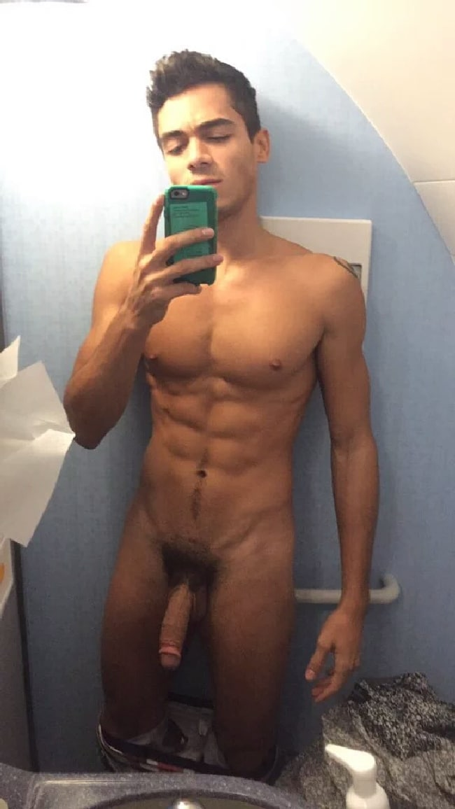 Sexy Nude Stud With A Large Penis