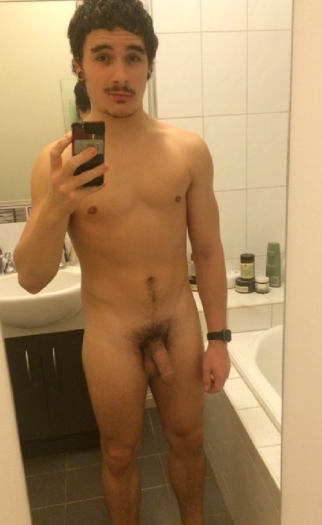 cute man naked self pics